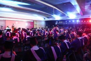 北大光华管理学院举行2016年EMBA毕业典礼暨学位授予仪式,夏巍峰作为毕业生代表发言