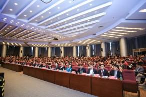 现场 | 新时代在线教育发展研讨会暨学堂在线五周年大会在清华大学举行
